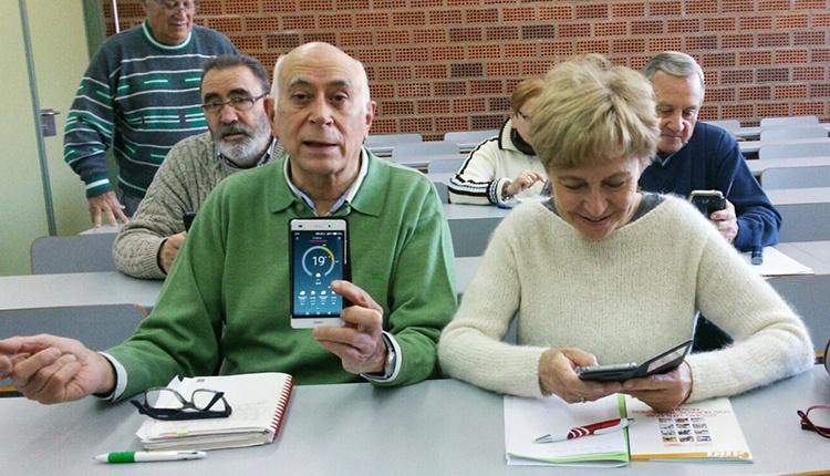 foto de mayores en el curso de mayores movilizados