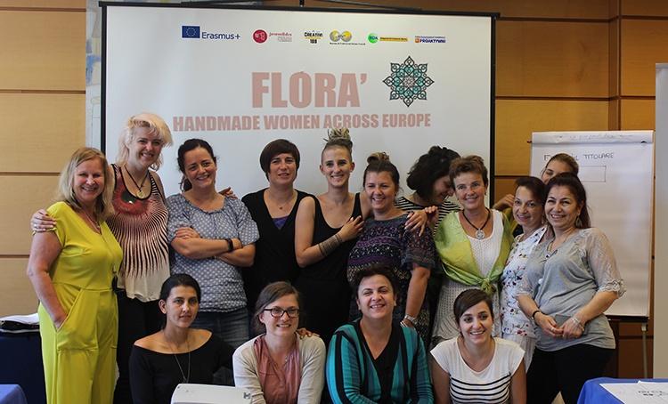 foto del grupo de las mujeres que han participado en la formación Florá